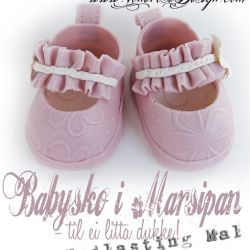 Babysko i Marsipan – til ei litta dukke! { Nedlasting Mal Jentesko }
