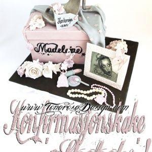 {Bildedryss} 'Jentete' Konfirmasjonskake;  sko, smykker, glitter og stash! hihi.