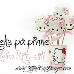 Kjeks/småkaker på pinne - Hello Kitty ! {Tips til barnebursdag}