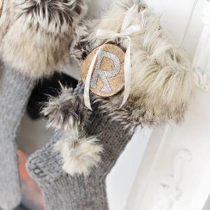 { Ferdig med julestrømpene! #håndlaget #rustikk }