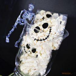 { Rimelig tips til Halloween // Popcorn til små knask-eller-knep´ere! }