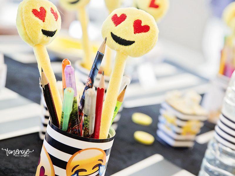 { Emoji-party // Gratis print // Hermetikkboks-wrapper }