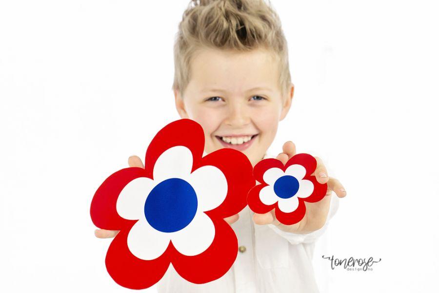 17. Mai-blomster // DIY // Gratis, både til fargelegging og ferdig