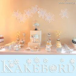 Kakebord / Dessertbord i lyseblått, hvitt og sølv! {WinterONEderland}