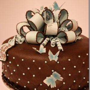 Brun og blå bursdagskake!