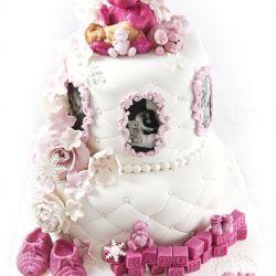 Herlig Dåpskake i 2 etg - med vakre rammer og modelerte bamser {Bildedryss} Hvit & Rosa