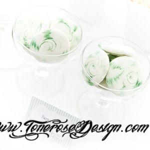 Annerledes pikekyss -  i hvitt og grønt