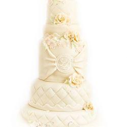 5 etg bryllupskake { Duse skjønne farger }