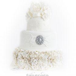 Romantisk bryllupskake m/blonder & blomster { Hvitt/Sølv/Grått }