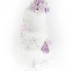 Elegant & klassisk 3etg kake { Bryllupskake }