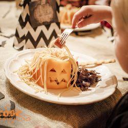 { HalloweenMiddag }