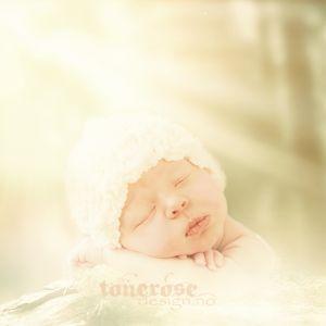 { vårlig nyfødtbilde // Photoshop }