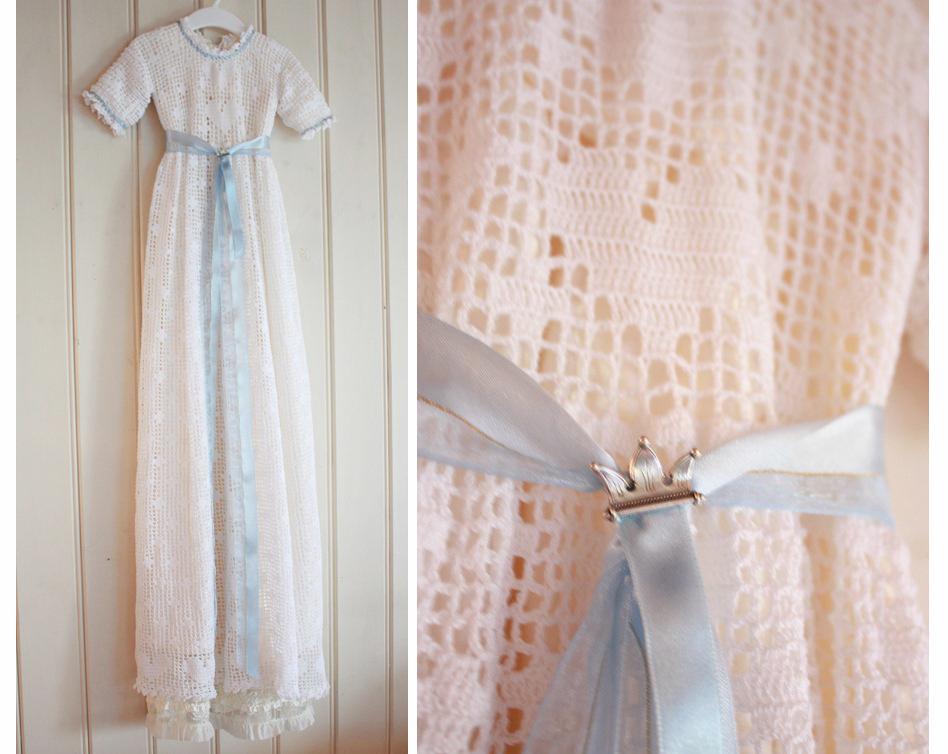 Håndlaget dåpskjole heklet blonder