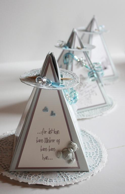 Dåpsinvitasjoner pyramide kort invitasjon baby blå