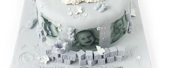 Dåpskake – med mange spiselige bilder, og lille prinsen i favorittpysjen sin!