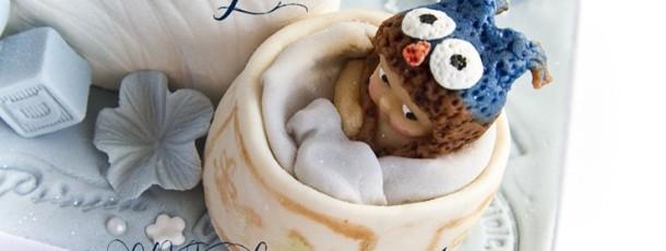 Sniktitt Dåpskake – lille prinsen modelert etter herlige babybildet!