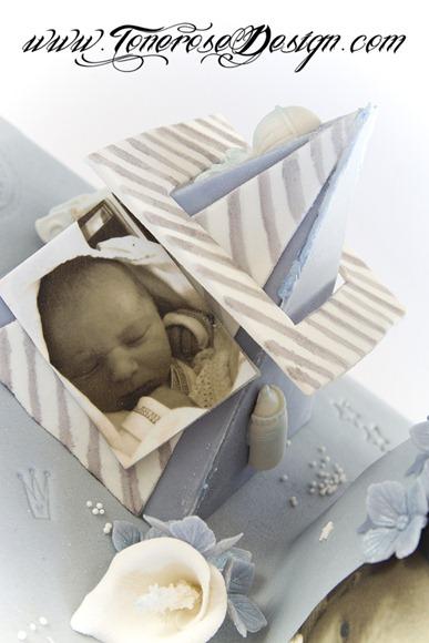 Lyseblå dåpskake med stjerner - barnedåp