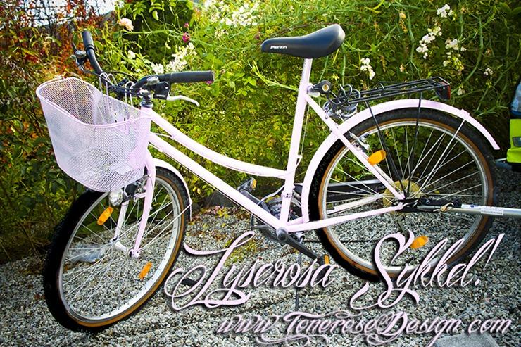 lyserosa sykkel