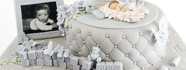 Dåpskake til skjønne lille Tor – grå og lyseblå