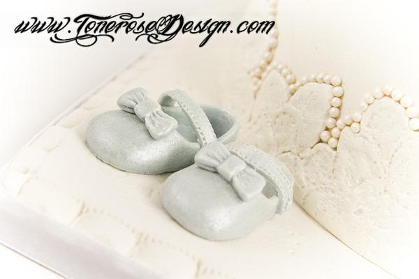 Marsipanpynt - Barnedåp dåpskake lyseblå og hvit