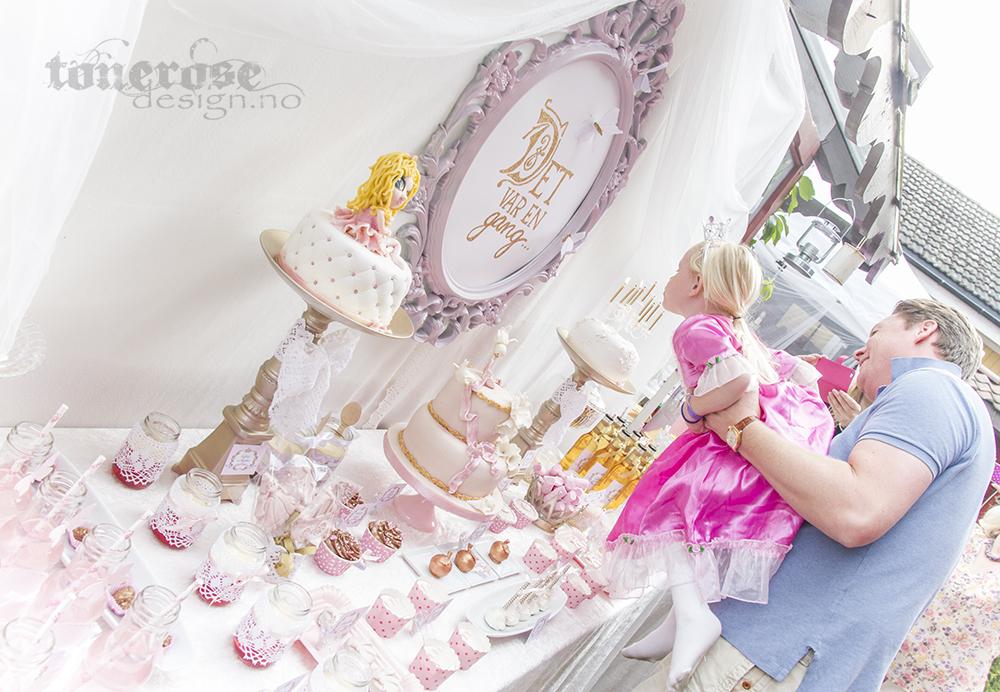 IMG_3436_prinsesse_kakebord_dessertbord_bursdag