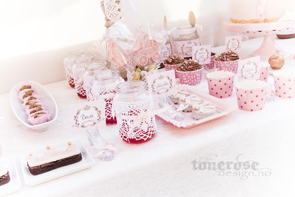 IMG_3276_prinsesse_kakebord_dessertbord_bursdag