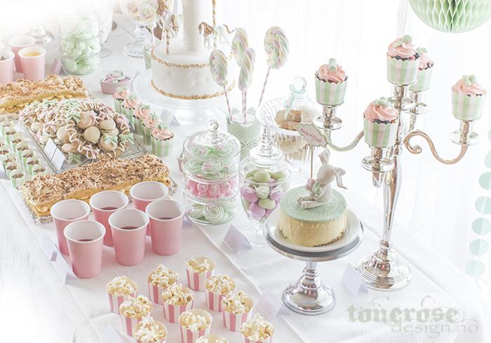 Inspirasjon til kakebord / dessertbord barnedåp