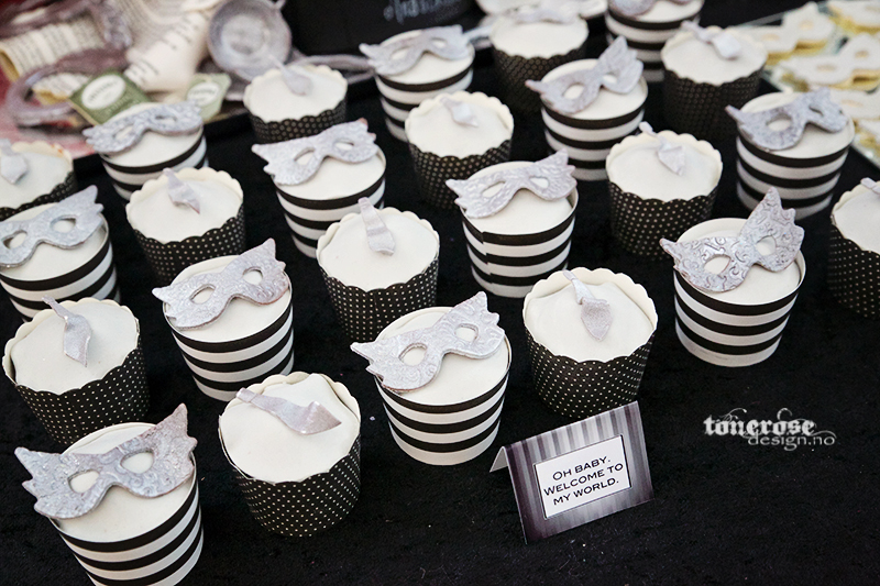 KL5A4838_fifty_shades_of_grey_cupcakes