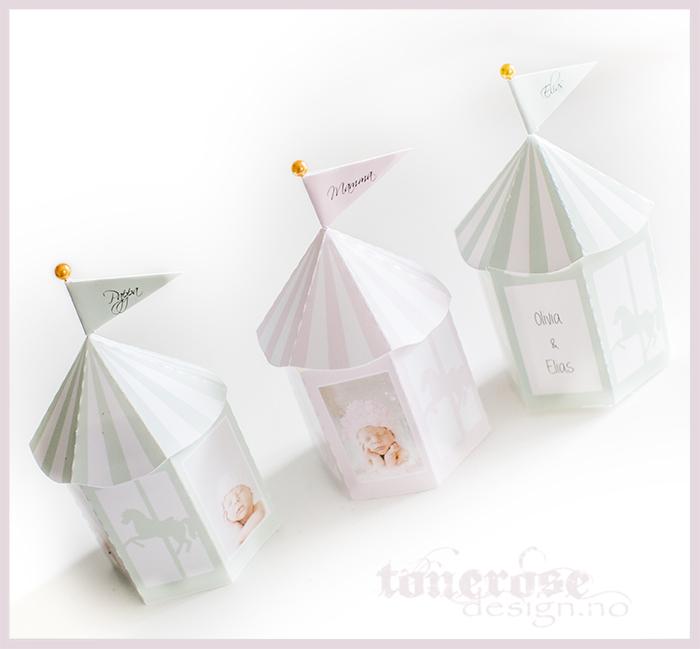 Gratis bordkort barnedåp - søte papir karuseller rosa mint blå lilla