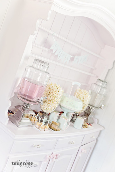 { lite mint & lyserosa dessertbord // bildedryss // DIY }