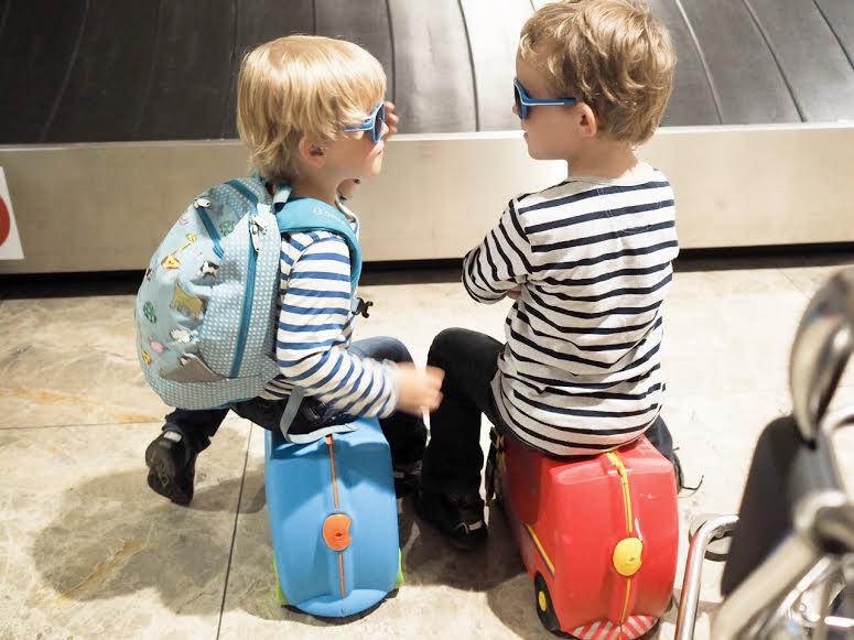 12_familieferie_fly_med_barn_reise