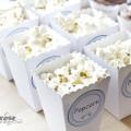 Gratis lyseblå boblebil etiketter og popcornbokser mal