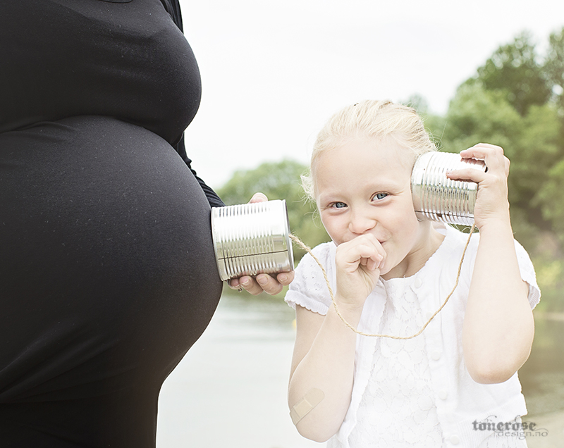KL5A5677_gravidfotografering_gravid_bilde_mor_datter