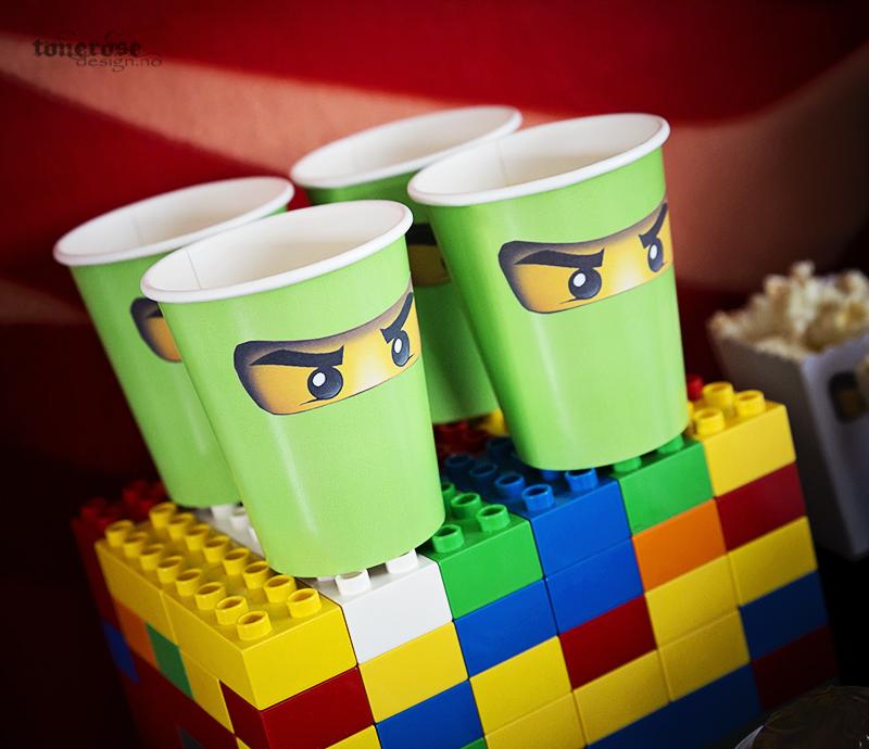 KL5A8329_barnebursdag_ninjago_ninja_lego_bursdag_party_dessertbord