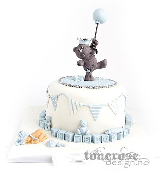 Dåpskake inspirasjon - lyseblå kake - bamse med ballong