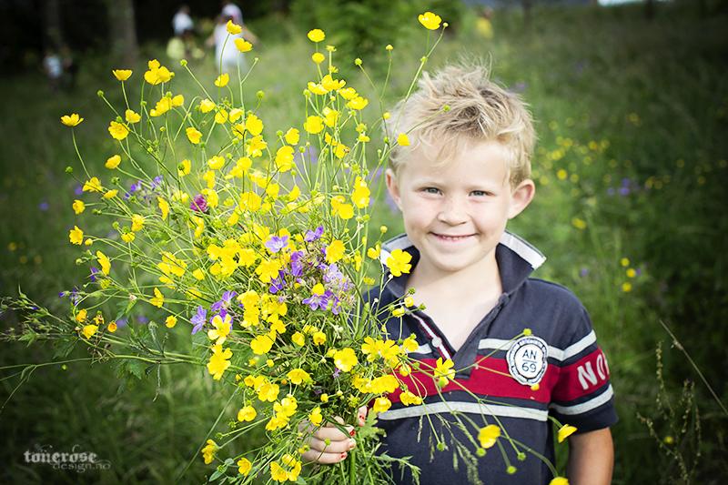 plukke_blomster_KL5A2834