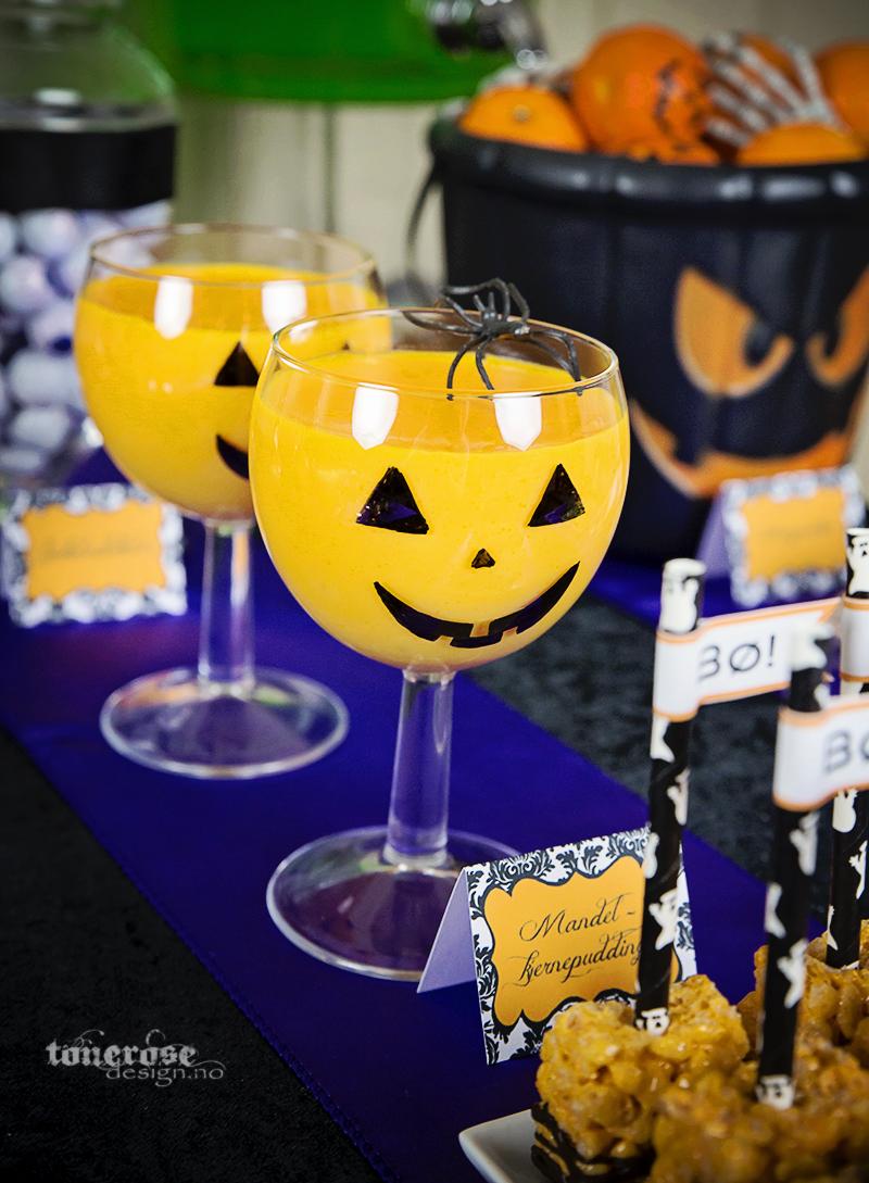 Halloween gresskar dessert mandelkjernepudding