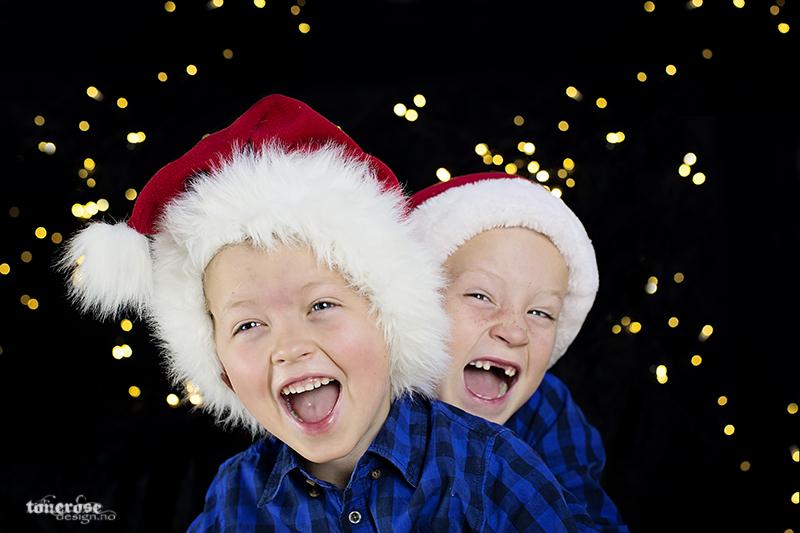 Julekortbilde nisseluer julekort KL5A5651
