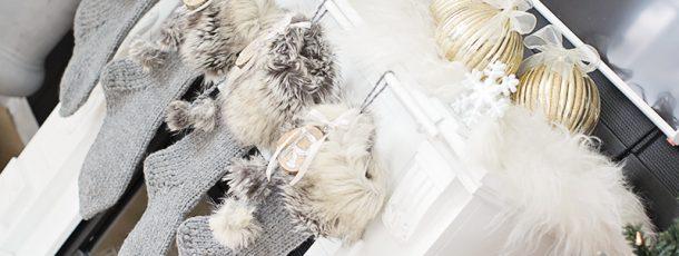 { Hvordan lage julestrømper – strikkede med pels og glitter #rustikk }