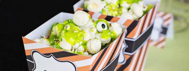 """{ Slimete popcorn til halloween // spiselig """"snørr og øyne""""… }"""