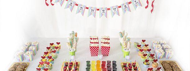 { Karneval – enkelt fargerikt dessertbord; lag det selv! }